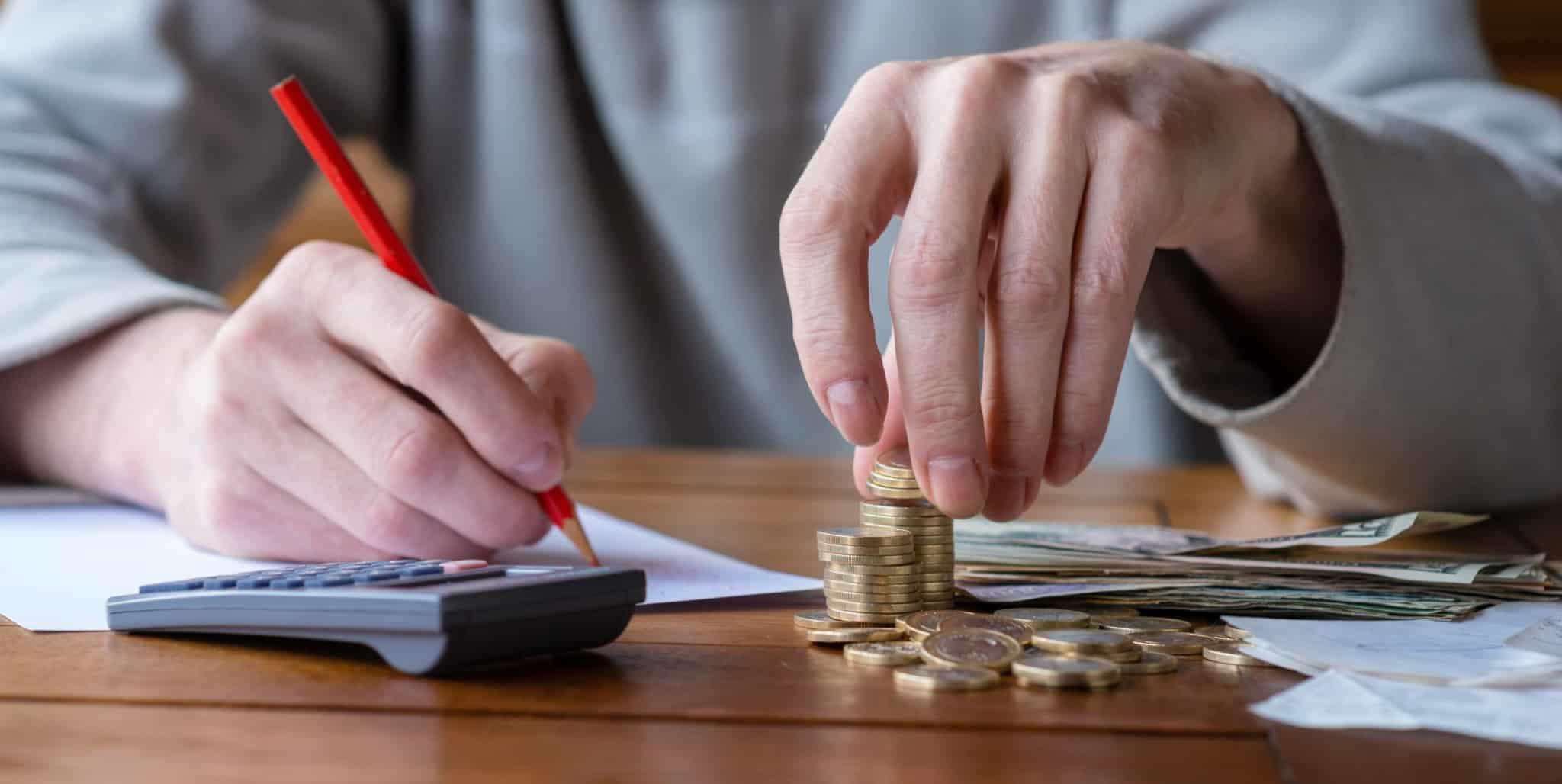 finanças pessoais_calculadora reorganizar poupar poupança