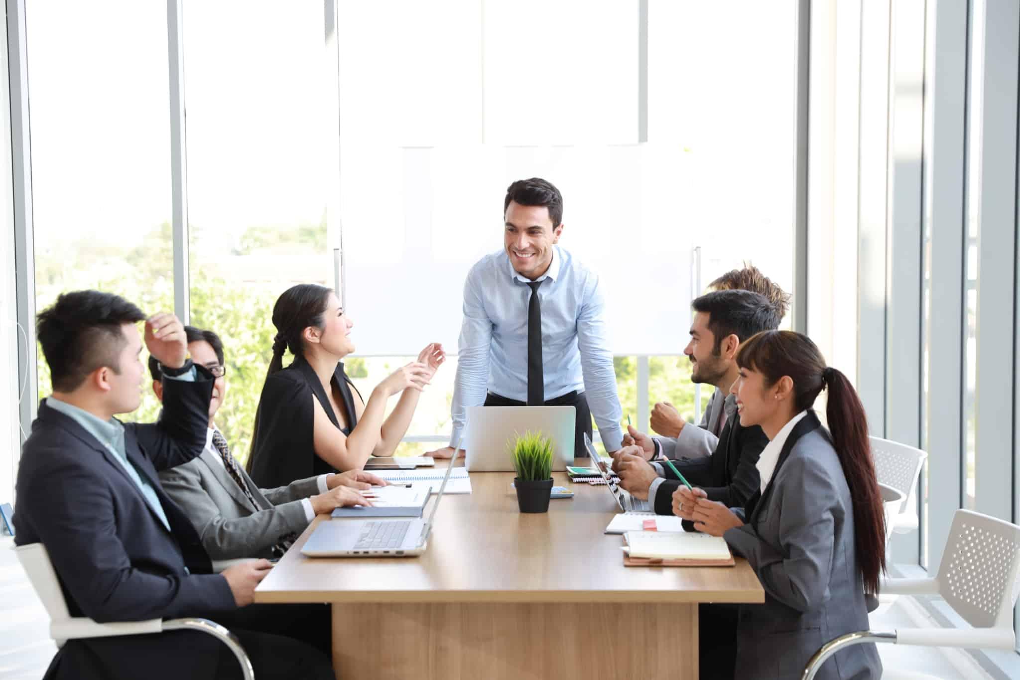 reunião de colaboradores