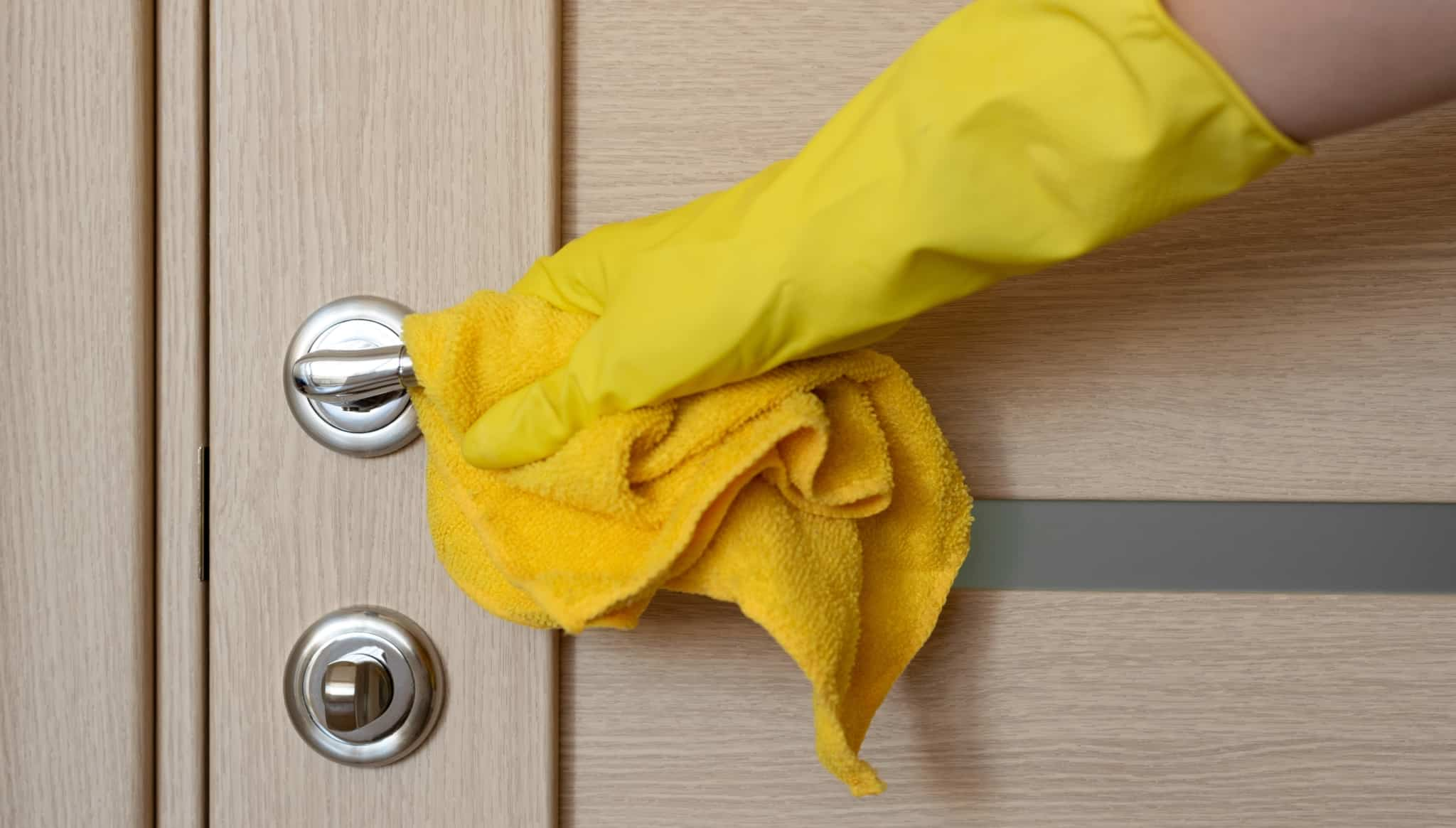 limpeza da macaneta da porta
